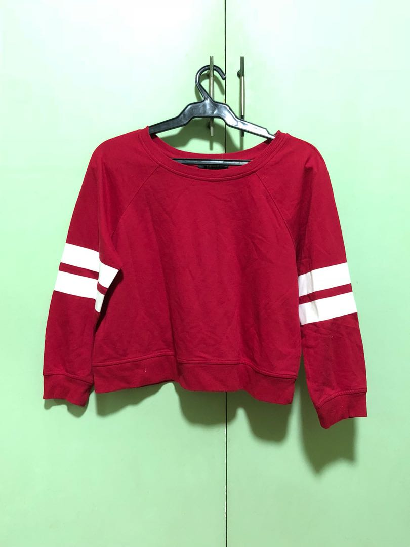 e0584ddf177555 Forever 21 Red Semi-Cropped Pullover with White Stripes, Women's ...