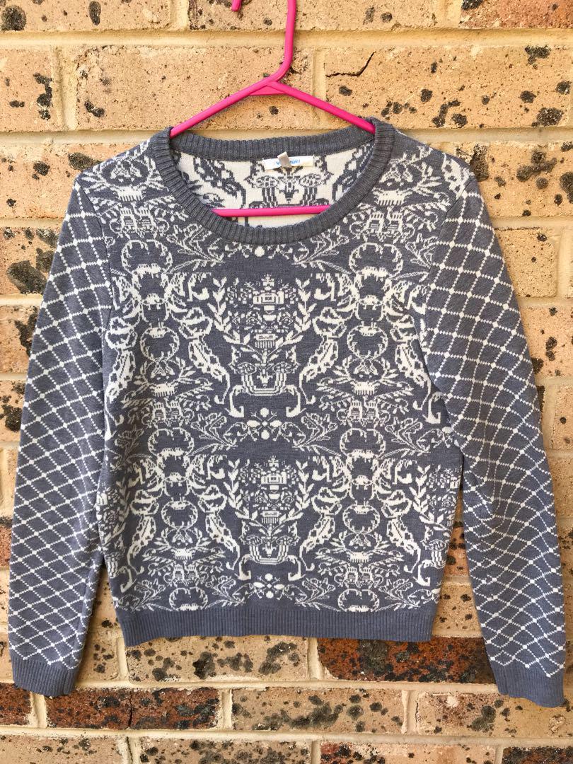 Grey white jumper