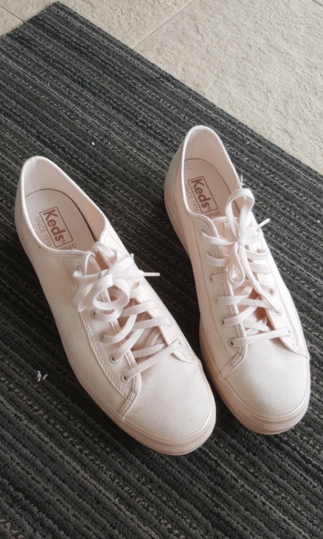 c02b64f643f2 Keds triple kick shimmer peony, Women's Fashion, Shoes, Sneakers on  Carousell