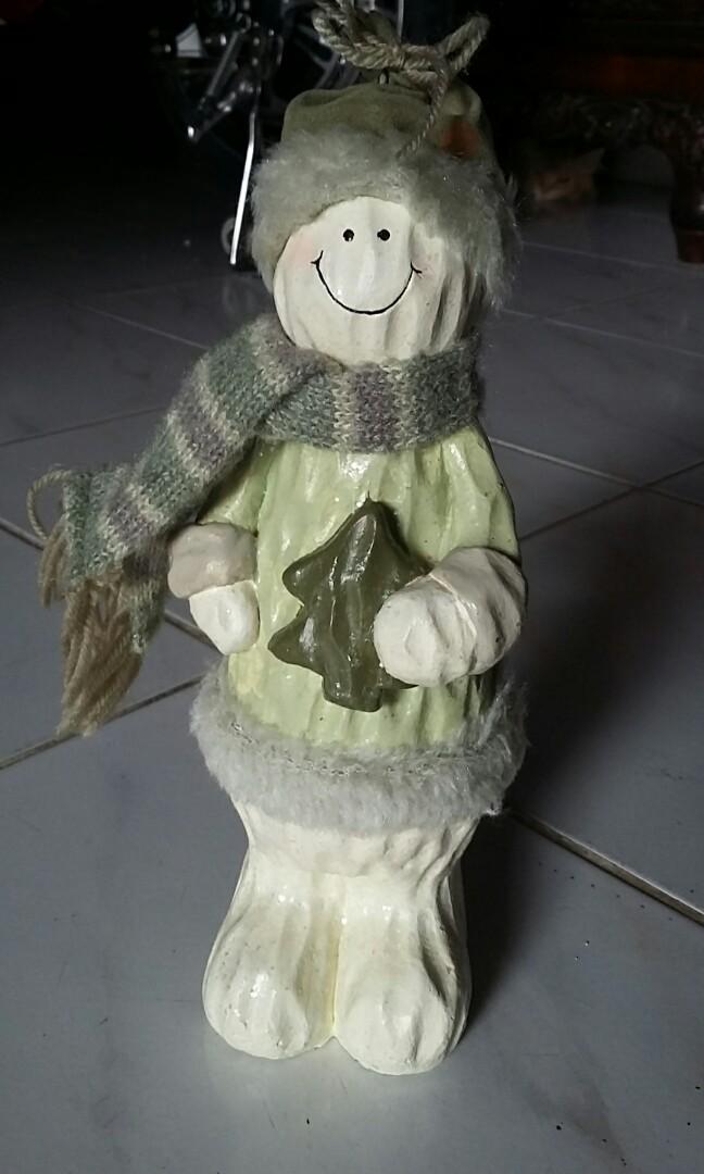 Patung boneka fa2a298d8b