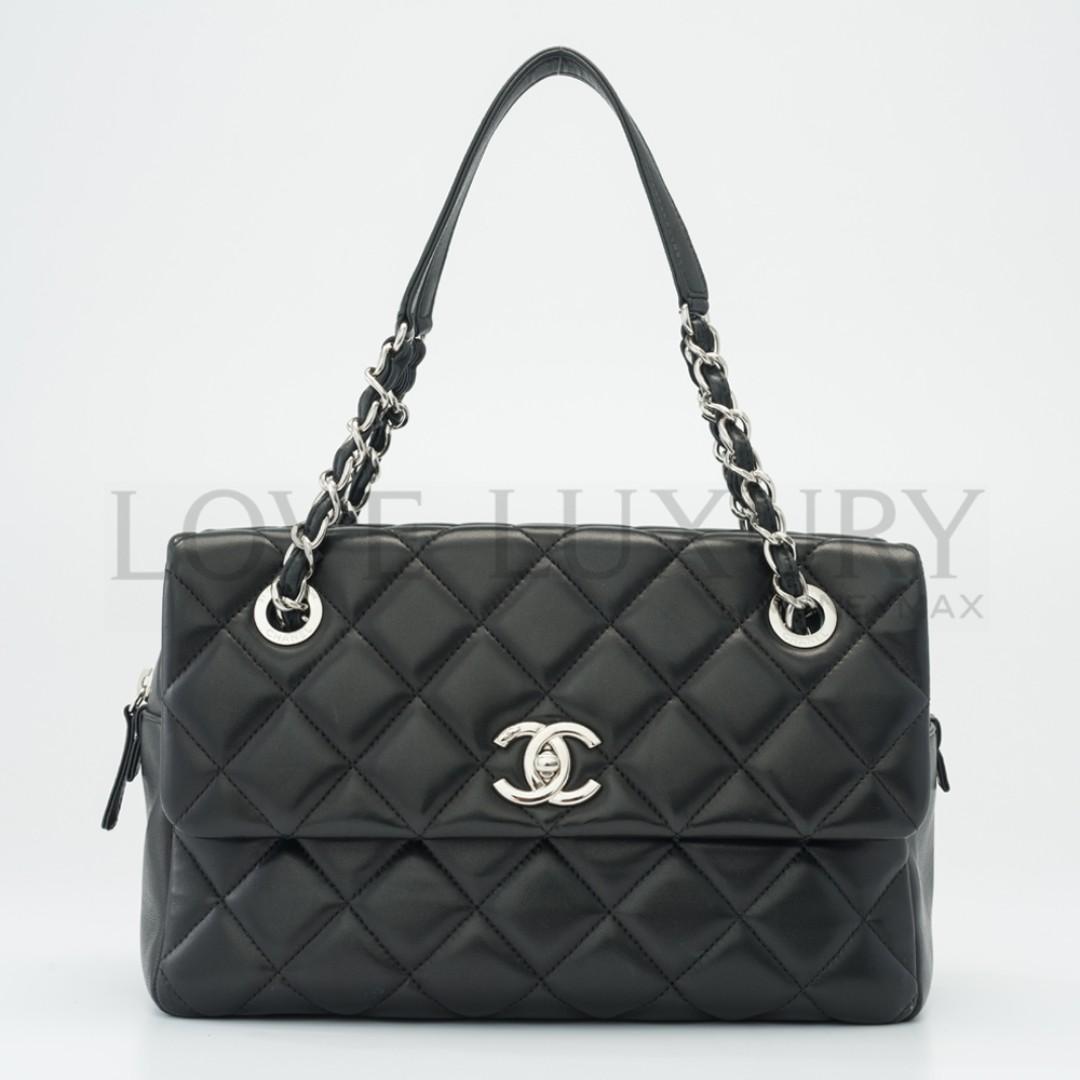 4fa65b6e9f50 Preowned Chanel, Chain Shoulder Bag - 19261444 (POB0003739), Luxury ...