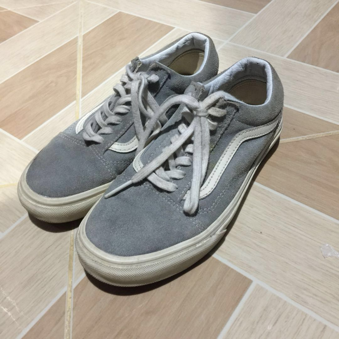 FREE SHIPPING!!!! REPRICED!!! RUSH SALE!!!! VANS SHOES