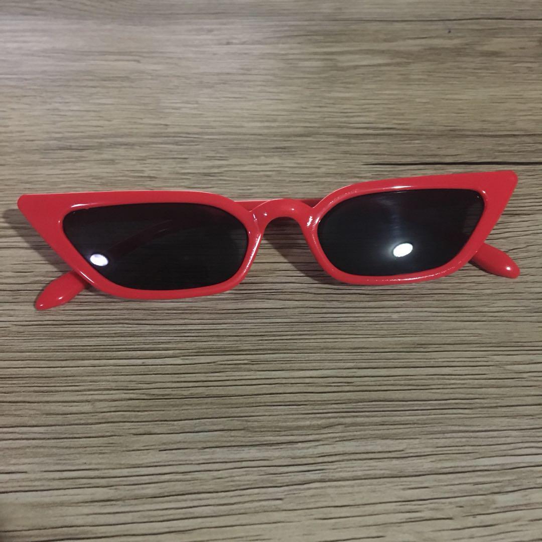 Women's red funky fashion sunglasses