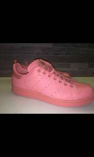 Pink Stan smiths