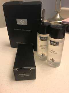 BNIB blackhead treatment kit + pore minimizer
