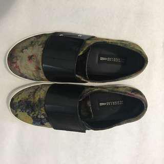 Lord and taylor slip ons