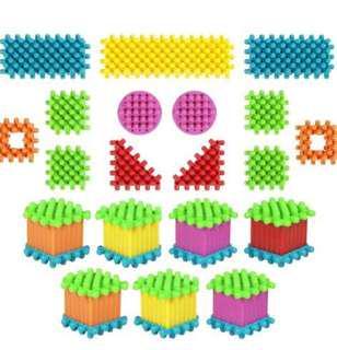 Playskool Clipo Basic Figure Set Hasbro