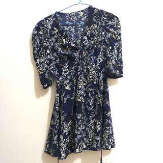 Dress mini bunga