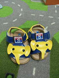 🚚 全新大象涼鞋