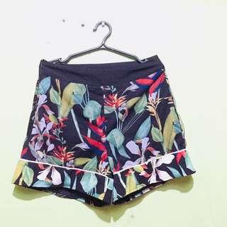 Hw floral shorts