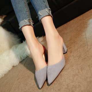 Slip on chunky heel