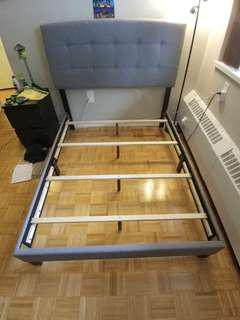 Double/Full bed frame + box spring