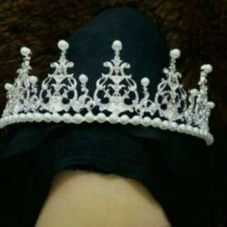 Crown Mahkota