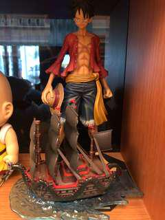 one piece luffy and boat