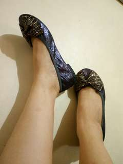Glittered doll shoes