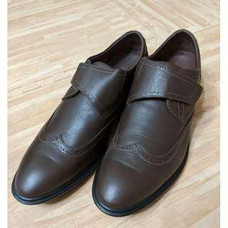 🚚 全新頂級La new 復古氣墊真皮皮鞋(深咖 26.5)