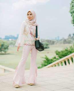 LEEYANARAHMAN Margareeta Top Lace