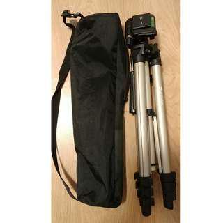 特價!! 全新相機腳架 (CROWN KT-330) 附手機夾!!