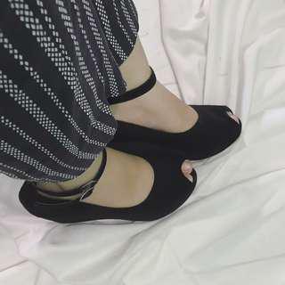Black wedges, sepatu wedges wanita