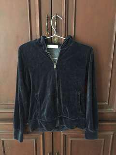 Giordano black hoodie