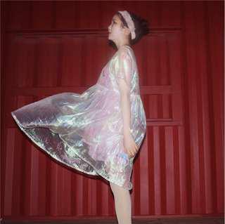 🚚 鐳射透明連身裙