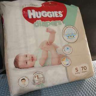 Huggies Platinum Diaper Size S