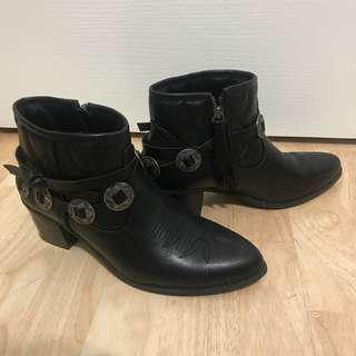 Sportsgirl black buckle ankle boots - Size 9