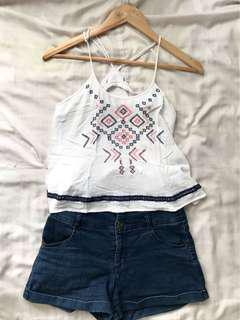 Croptop with embroidery