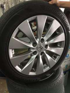 Used rim with tires Honda Accord 17 inch