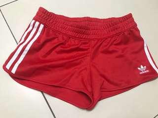 Adidas 三葉草休閒短褲