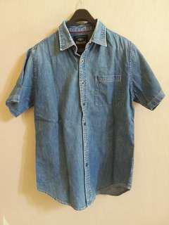 #maunitendo Kemeja denim jeans by Ricardo