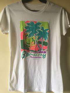 Island Souvenirs Boracay Souvenir Shirt (M)