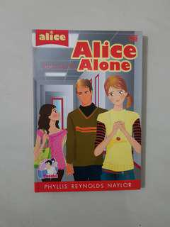 Novel Alice Alone