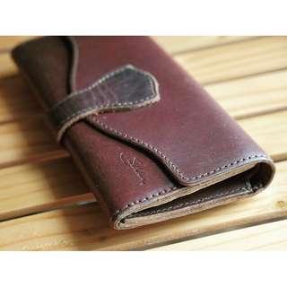Saddleback Leather Long Trifold Wallet Chestnut Reddish Brown 29% OFF