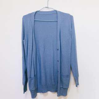 淺藍色外套