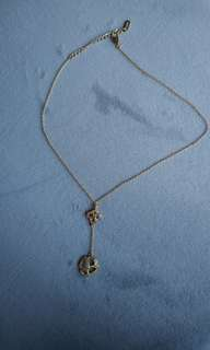 DKNY - SPARKLY flower necklace - cheap!