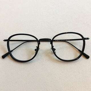 fbe976a49f Square prescription spectacle frame