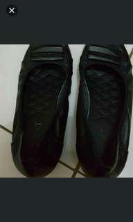 Reprice lagiiiii ....!!!! Sepatu kulit hitam