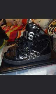 Adidias ×jeremy Soctt限量版黑色高筒波鞋size 40