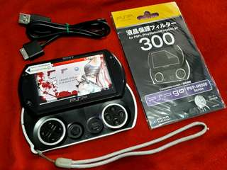 """""""Update"""" Piano Black PSP Go Built in 16gb v6.20 Downloadable"""