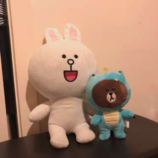 2x LINE FRIENDS plush