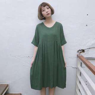 日系綠綠長洋裝