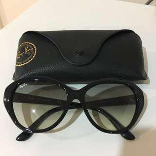 Authentic Ray Ban Black Cat Eye Sunglasses