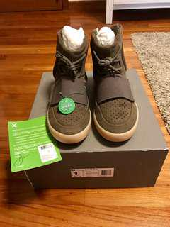 Yeezy 750 Chocolate Brown (US 9.5)