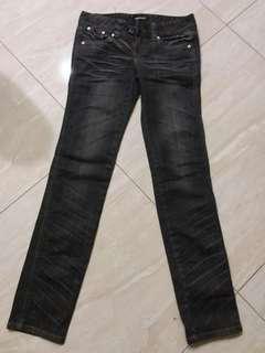 九成新褲子,褲標27