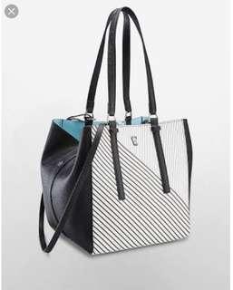 BNWT Original Calvin Klein reversible metro tote bag