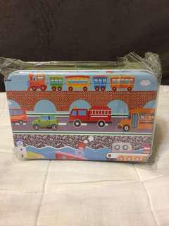 兒童木製交通工具拼圖60塊(鐵盒裝)
