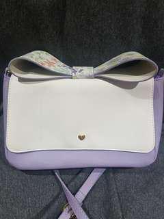 Jennifer sky sling bag