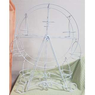 [For Sale] Ferris Wheel Cupcake Stand