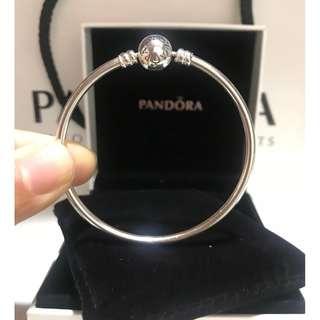 原價$699 Pandora Moments Charm Bangle